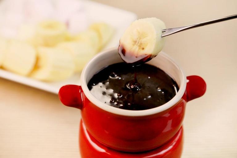 <バナナ×チョコ、相性がいいのはナゼ?!> 秘密は産地に? まだ見ぬ世界のバナナ料理から、手軽なのにリッチな味のNewおやつまで