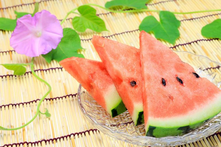 朝顔、スイカ、夕焼け。夏っぽいのに、正解はひとつだけ?!<夏の季語 ...